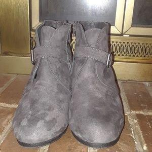 Grey Swayed Wedge Boots